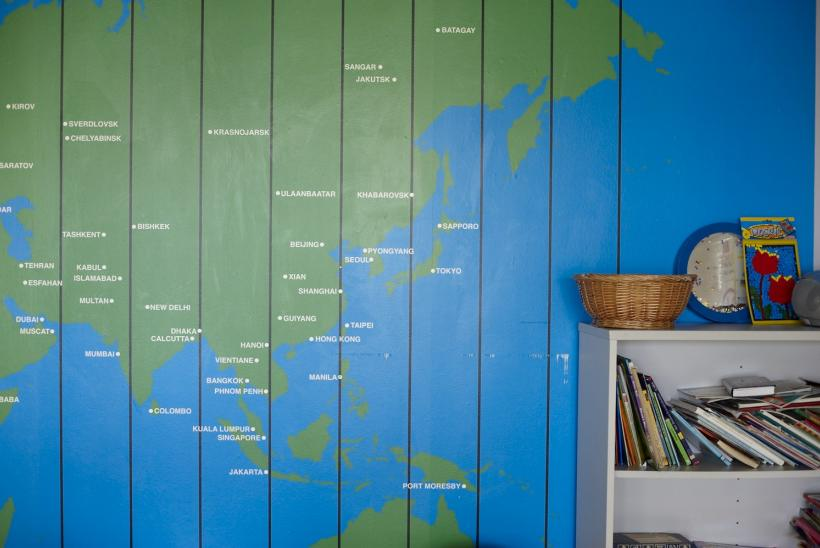 A map of the world in Bumblebee parent's lounge